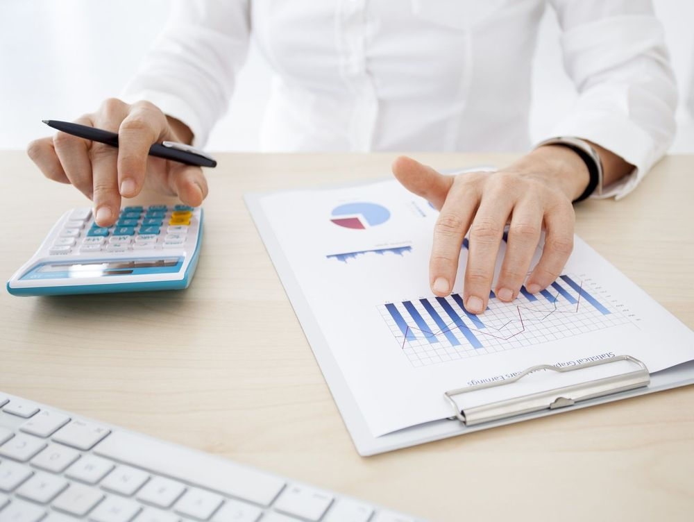 pros of hiring Commercial Loan Brokers